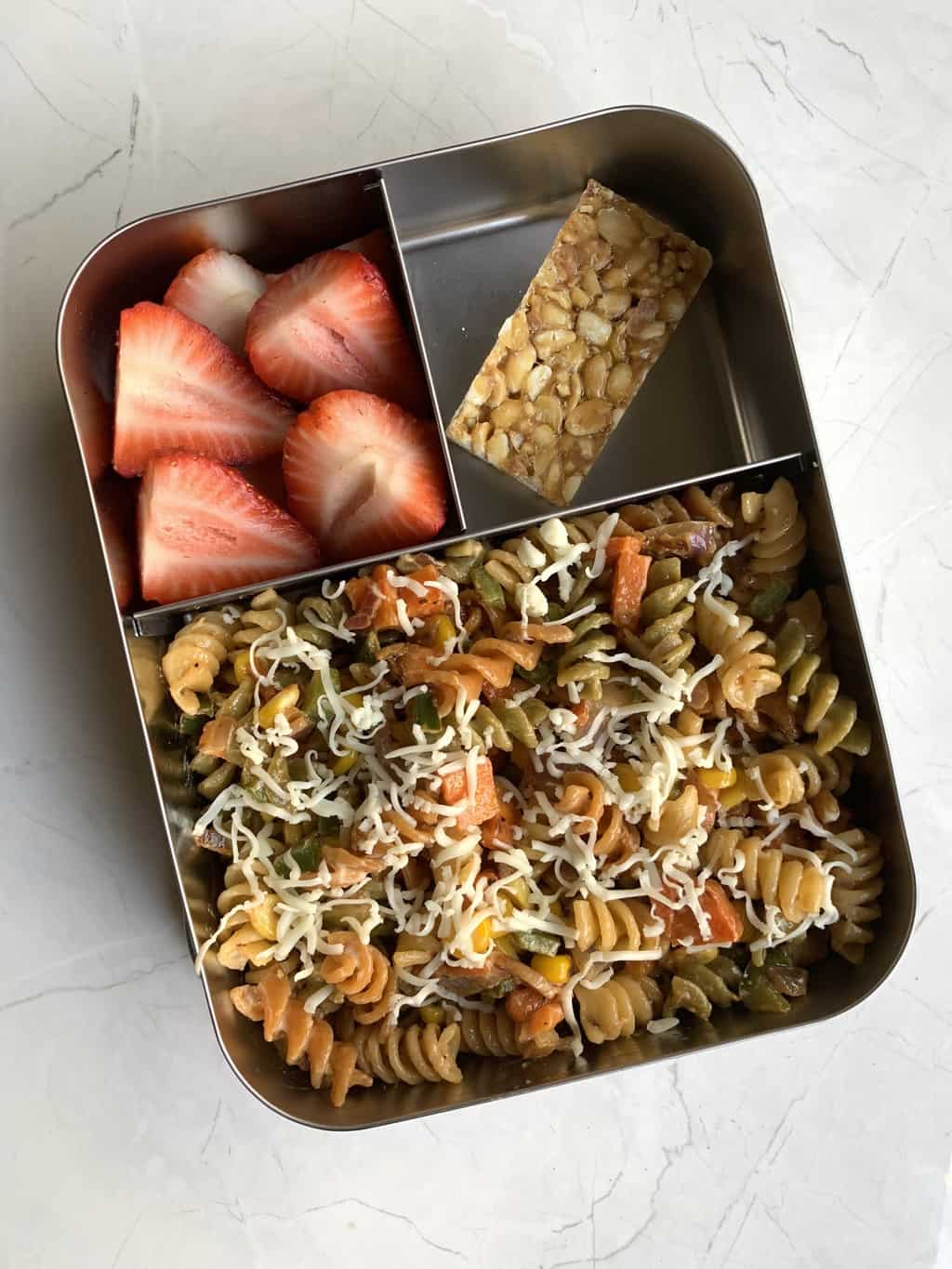 Healthy School Lunch Recipes that your kids will actually love! These recipes are filled with wholesome ingredients, packed with nutrients and will keep your kids satisfied all afternoon.