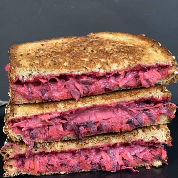 beetroot carrot sandwich