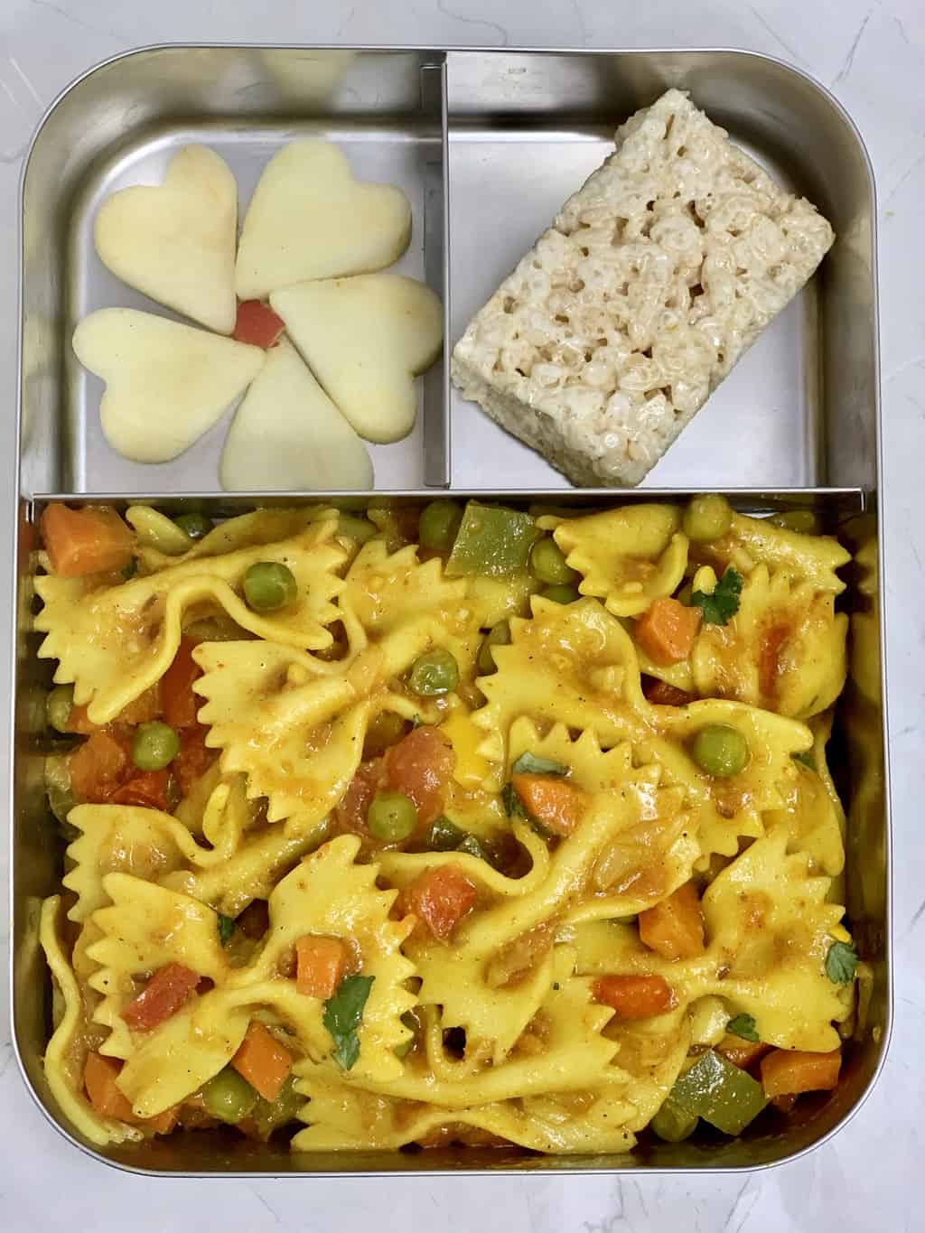 Masala Pasta + Rice Krispies + Apple/kids lunch box ideas indian recipes